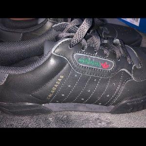 Adidas Yeezy  Calabasas Sneaker
